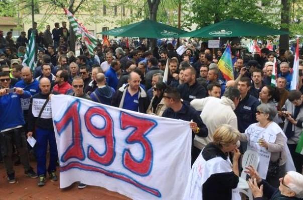 Saline di Volterra, chiude l'azienda Smith, 193 in mobilità (foto Facebook Comune di Volterra)