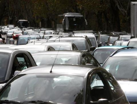 Traffico in tilt stamani 18 maggio a Careggi e alle Cure per la chiusura di via Bolognese
