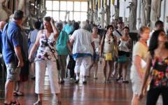 Musei: boom di visitatori nella domenica gratis. Pieni gli uffizi e il giardino di Boboli