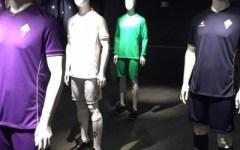 Fiorentina: aspettando Salah, ecco le maglie (dal viola al blu notte) per la stagione 2015-2016 (Fotogallery)