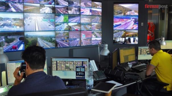 La sala operativa della società Autostrade per l'Italia a Firenze Nord
