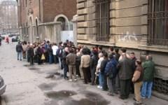 Eurostat: in Italia povertà e deflazione crescono. Due mali che il Governo Renzi non guarisce