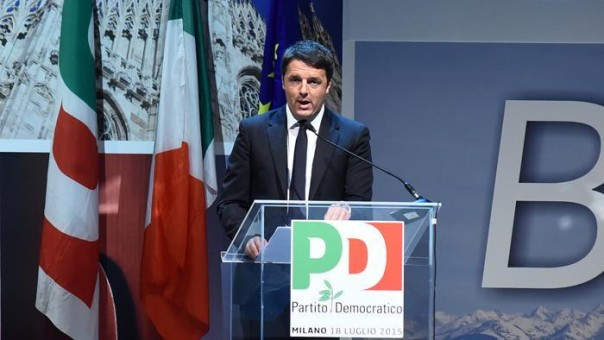 Renzi all'assemblea pd