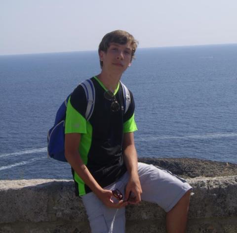 Mirko Reali, il ragazzo morto dopo un tuffo nel lago di Bilancino (foto Facebook)