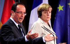 Immigrazione, Merkel e Hollande bacchettano Grecia, Italia e Ue: facciano di più. E Renzi sta zitto