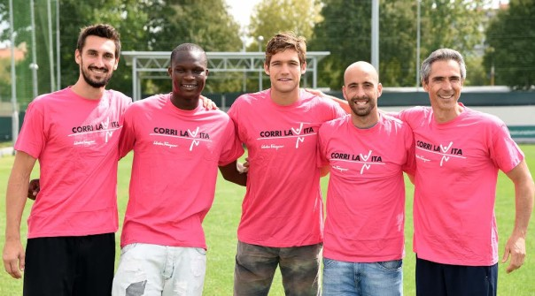 Astori, Babacar, Alonso, Borja Valero e mister Sousa per Corri la vita