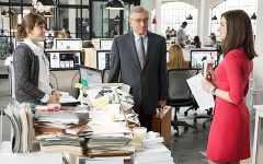 Cinema:  in uscita «Lo stagista inaspettato» con Robert De Niro e Anne Hathaway (Trailer)