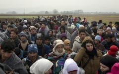 Immigrazione, Ue: ok di Bruxelles alla flessibilità per la manovra 2016. L'Italia potrà aggiungere 3 miliardi