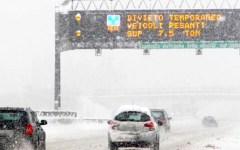 Toscana: gomme invernali o catene a bordo dal 1° novembre 2015 sull'A1 fra Bologna e Arezzo. E sulla Firenze-Siena