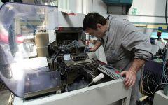 Economia: produzione industriale a passo di gambero (-0,5) in agosto. I dati Istat