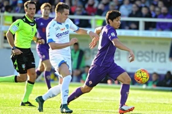 Fiorentina-Empoli 2-2, Matias Fernandez in azione