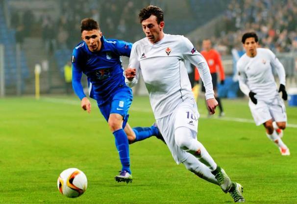 Federico Bernardeschi in azione in una gara di Coppa con la Fiorentina