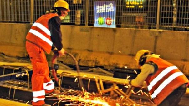 Tragedia sfiorata a Novoli lungo i cantieri della tramvia