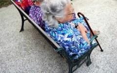 Prato, anziani maltrattati nella casa di riposo a Narnali: chiesti 14 rinvii a giudizio