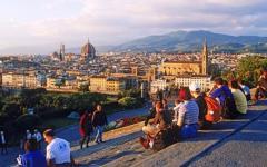 Firenze, via le auto da piazzale Michelangelo: pedonalizzato da gennaio 2016