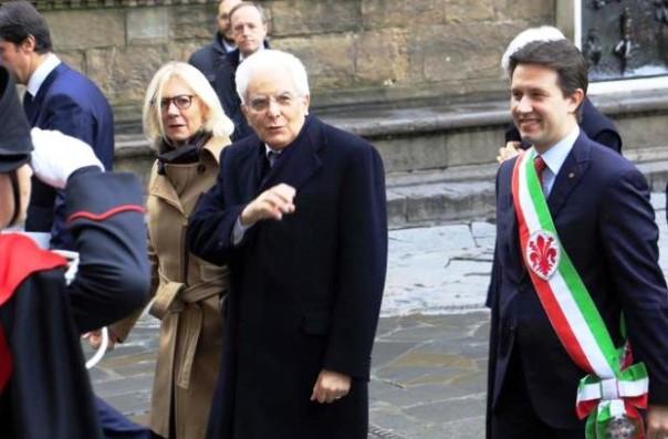 Firenze, Sergio Mattarella entra in Palazzo Vecchio col sindaco Nardella