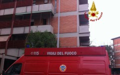 Firenze, incendio in via Bonaventura: due feriti