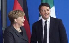 Referendum: anche la Merkel scende in campo per il Si. Si moltiplicano le invasioni indebite nella politica italiana
