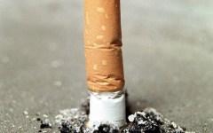 Firenze: mozziconi di sigaretta buttati in terra al Duomo e Ponte Vecchio. Tre persone multate