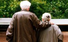 Toscana, invecchiare bene: accordo per  il benessere degli anziani fra Regione, Auser, Federsanità, Anci