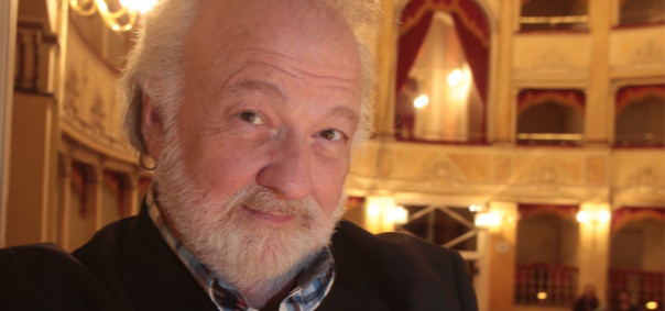 Il tenore Chris Merritt, che vestirà i panni della strega in «Hänsel e Gretel»