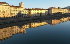 Pisa: precipita dalla spalletta dell'Arno e fa un volo di 7-8 metri. Grave ragazza di Santa Croce