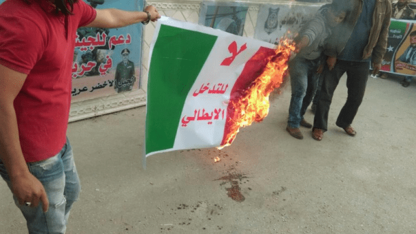 20160430-italian-flag-burned-in-libya-800x450