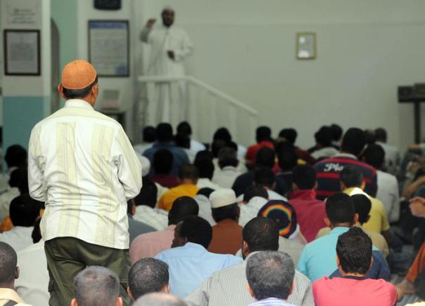 Islam Ramadan moschea a Firenze preghiera musulmani