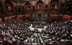 Riforme costituzionali: 50 costituzionalisti, magistrati, professori bocciano le modifiche di Matteo Renzi e Maria Elena Boschi prima del re...
