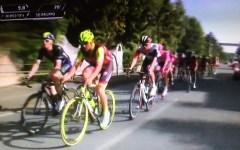Giro d'Italia, Praia a Mare: prima vittoria italiana con Diego Ulissi. Dumoulin di nuovo maglia rosa