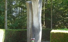 Valdo-Spini-monumento-Rosselli