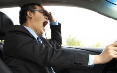 Auto e salute: apnee notturne hanno causato 7360 incidenti e 231 morti nel 2014. Si rischia il ritiro la patente