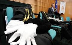 Giustizia: sciopero degli avvocati penalisti (dal 24 al 26 maggio) contro l'allungamento della prescrizione e la spinta autoritaria dei magi...