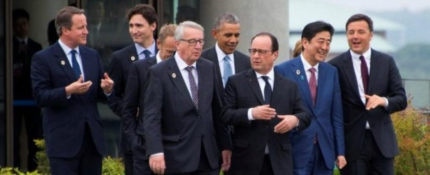 (From L) Italian Prime Minister Matteo Renzi, German Chancellor Angela Merkel, Japanese Prime Minister Shinzo Abe, French President Francois Hollande, US President Barack Obama, European Commission President Jean-Claude Juncker , European Council President Donald Tusk, Canadian Prime Minister Justin Trudeau and British Prime Minister David Cameron walk out to the family photo event during the first day of the Group of Seven (G7) summit meetings in Ise Shima, Japan, May 26, 2016. REUTERS/Jim Watson/Pool