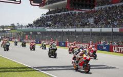 Moto Mugello GP d'Italia: Iannone in testa nelle seconde prove, staccati Lorenzo e Rossi