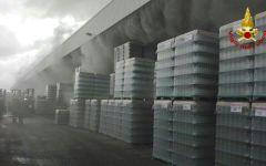 Empoli, zona Terrafino: nube tossica per incendio in vetreria. La popolazione invitata a chiudere porte e finestre