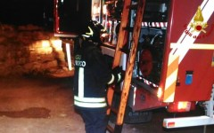 Prato: incendio di vaste proporzioni allo stabilimento Giunti editore (video)