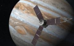 Juno, la sonda spaziale raggiunge Giove. Il filmato diffuso dalla Nasa (video)