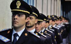 Sicurezza: il tesoro blocca gli stipendi, protestano i funzionari della polizia di Stato