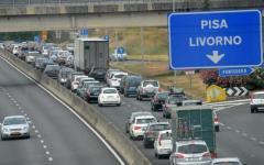 Lavori Fi-Pi-Li: sconto 50% ai Tir su A1 e A12.  Convenzione Autostrade-Regione