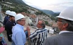 Terremoto: salgono a 294 le vittime. Errani, emergenza e ricostruzione viaggeranno insieme