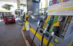 Tassa benzina: il governo scongiura l'aumento, con la legge di stabilità
