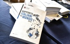 Economia: sono sempre di più, soprattutto giovani, gli italiani che emigrano per cercare lavoro e fortuna