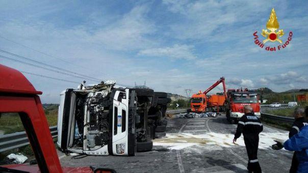 Incidenti stradali: scontro tra tir nel Fiorentino