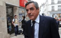 Parigi: François Fillon ha vinto le primarie dei républicains. Battuto Juppè. Sfiderà Marine Le Pen nella corsa all'Eliseo