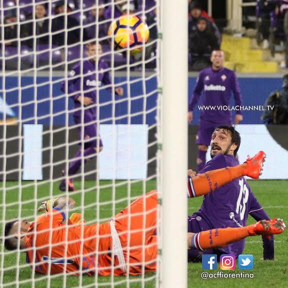 Il gol di Bernardeschi: in un primo momento attribuito ad Astori che, invece, non ha sfiorato il pallone