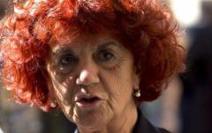Governo: la ministra dell'istruzione Valeria Fedeli non sarebbe laureata. Guerra sui social