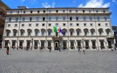 Patto da 300 milioni per la Toscana: firmato dal premier Gentiloni e dal governatore Rossi. Fra le emergenze Tirrenica e Piombino