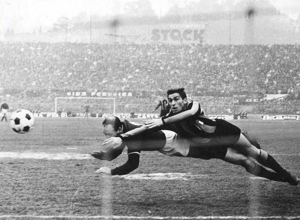 Addio a Ezio Pascutti, signore del gol: campione indimenticato del Bologna