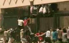 Cona (Ve): rivolta dei migranti nel centro di accoglienza. Sequestrati 25 operatori